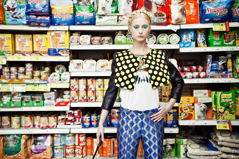 super(market)_elena-friso_12